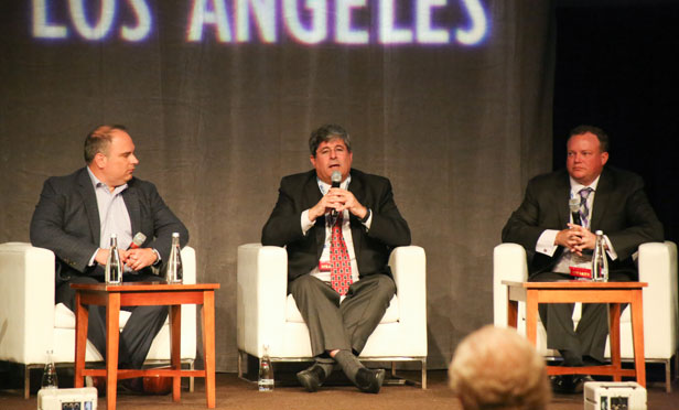 RealShare Los Angeles Industrial Outlook panel.