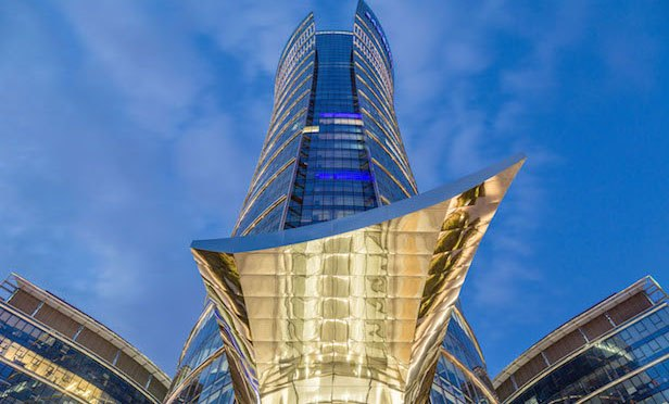 Exterior of Warsaw Spire building