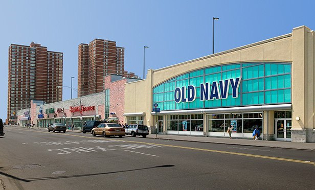 Sprawling Bronx Shopping Complex Changes Hands
