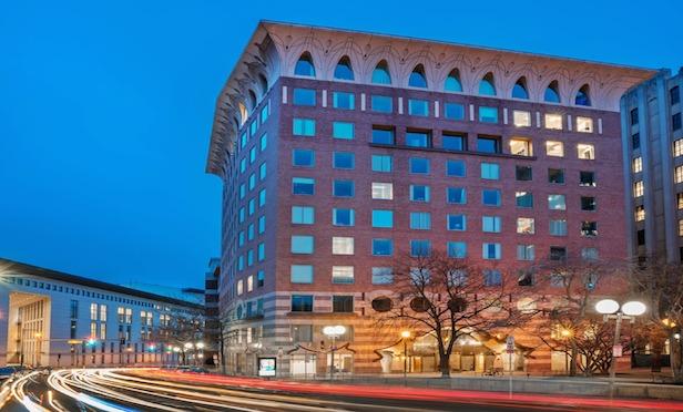 Deal Tracker: NY Life RE Investors Buy Beacon Hill Office