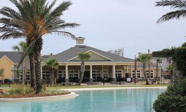 Edgewater Crossing is a 266-unit multifamily property in Panama City, FL.