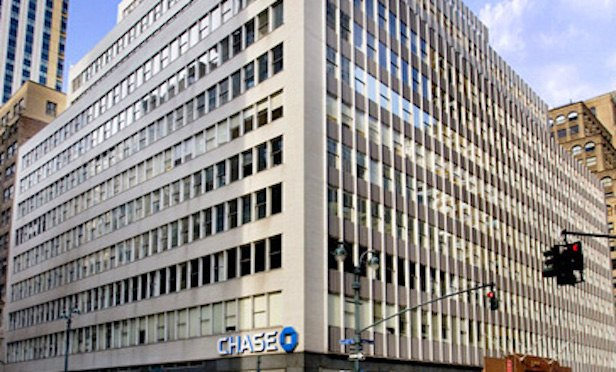 260 Madison Ave. is a 550,000-square-foot building located between 38th and 39th streets in Midtown Manhattan.