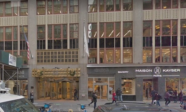 Signature Bank will now lease full floors on the sixth, seventh, 26th and 27th floors at 1400 Broadway.
