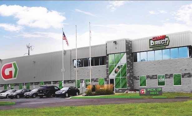 Giant Food Stores plans to open a 124,000-square-foot fulfillment center in Philadelphia.