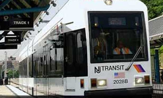 The project will extend the Hudson-Bergen Light Rail West Side Avenue Branch from its current terminus at West Side Avenue to a new terminus across Route 440.