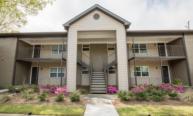 500 Northside, a 351-unit apartment community in Atlanta, has traded hands.