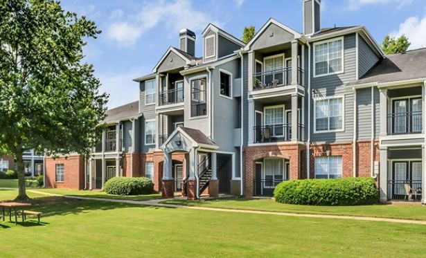 Madison at River Sound, a 586-unit multifamily community in the suburban city of Lawrenceville, GA, outside Atlanta, has traded hands.