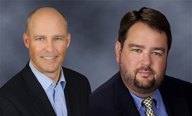 Steve Hall, Transwestern senior vice president, left, and Keith Pierce, Transwestern director of research for the Southeast US