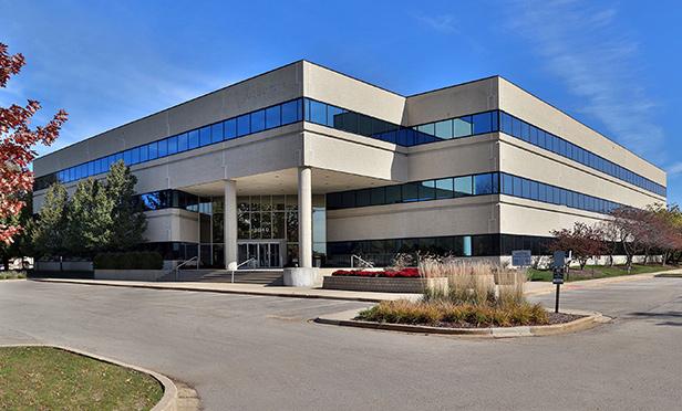 3040 Salt Creek Lane, Arlington Heights, IL