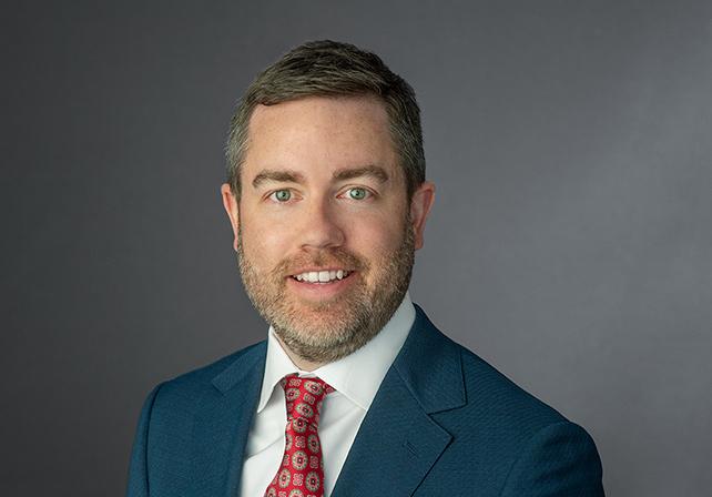 Tom Hollinden, senior director, transaction management, CBRE's Chicago Occupier Advisory & Transaction Services team