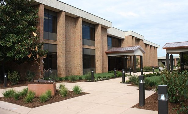 Westline Corporate Center, 11840 – 11872 Westline Industrial Drive, Maryland Heights, MO