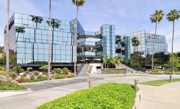 Submarket Brings Buyers to This Office Asset