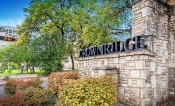 Crown Ridge apartments