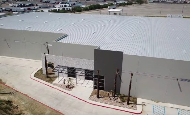 I-35 Logistics Center